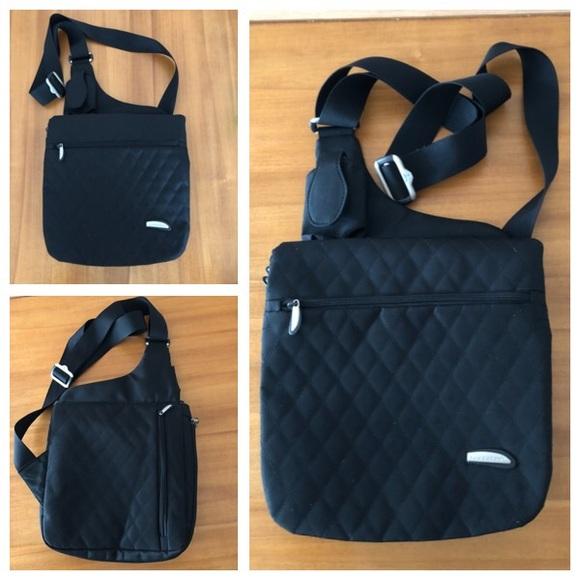 Travelon Bags   Antitheft Classic Crossbody Bag   Poshmark 574183f138